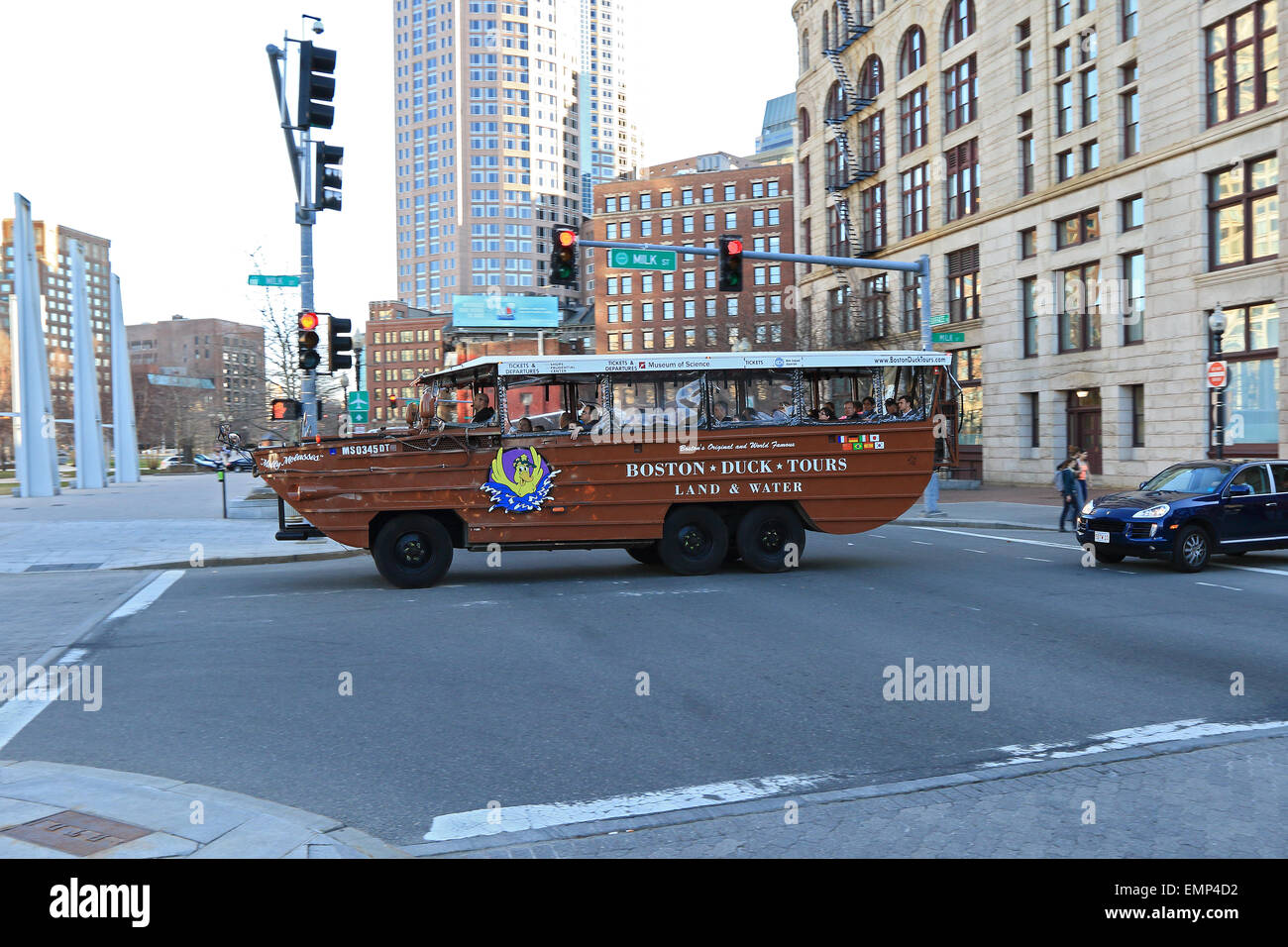Boston Duck tour au centre-ville et le port de Boston. Photo Stock