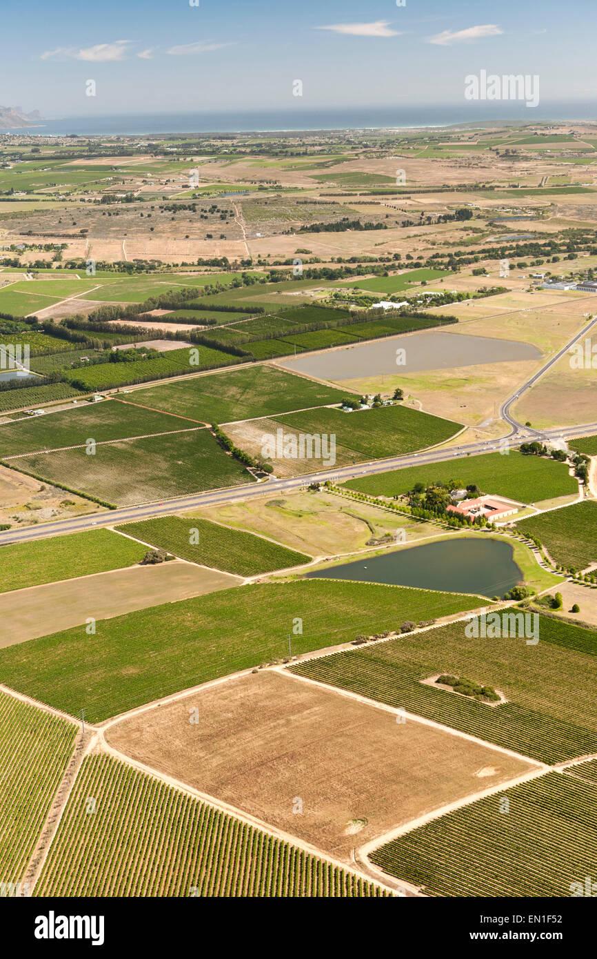 Vue aérienne d'exploitations viticoles dans la région de Stellenbosch Cape Town dans l'ouest du Photo Stock