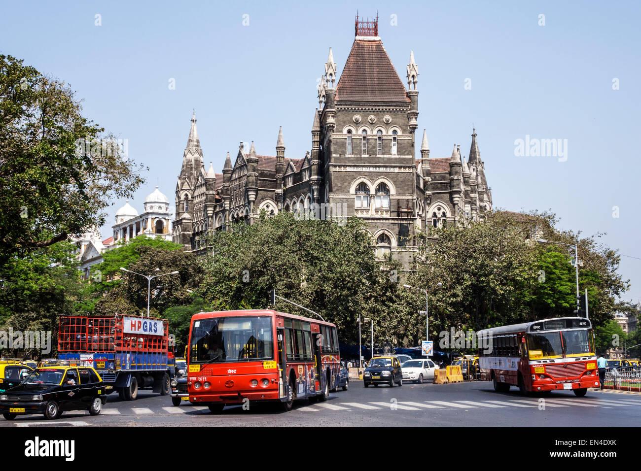 Inde Mumbai Mumbai Fort asiatique Mahatma Gandhi Road trafic voitures automobiles Bâtiments orientaux meilleurs Photo Stock