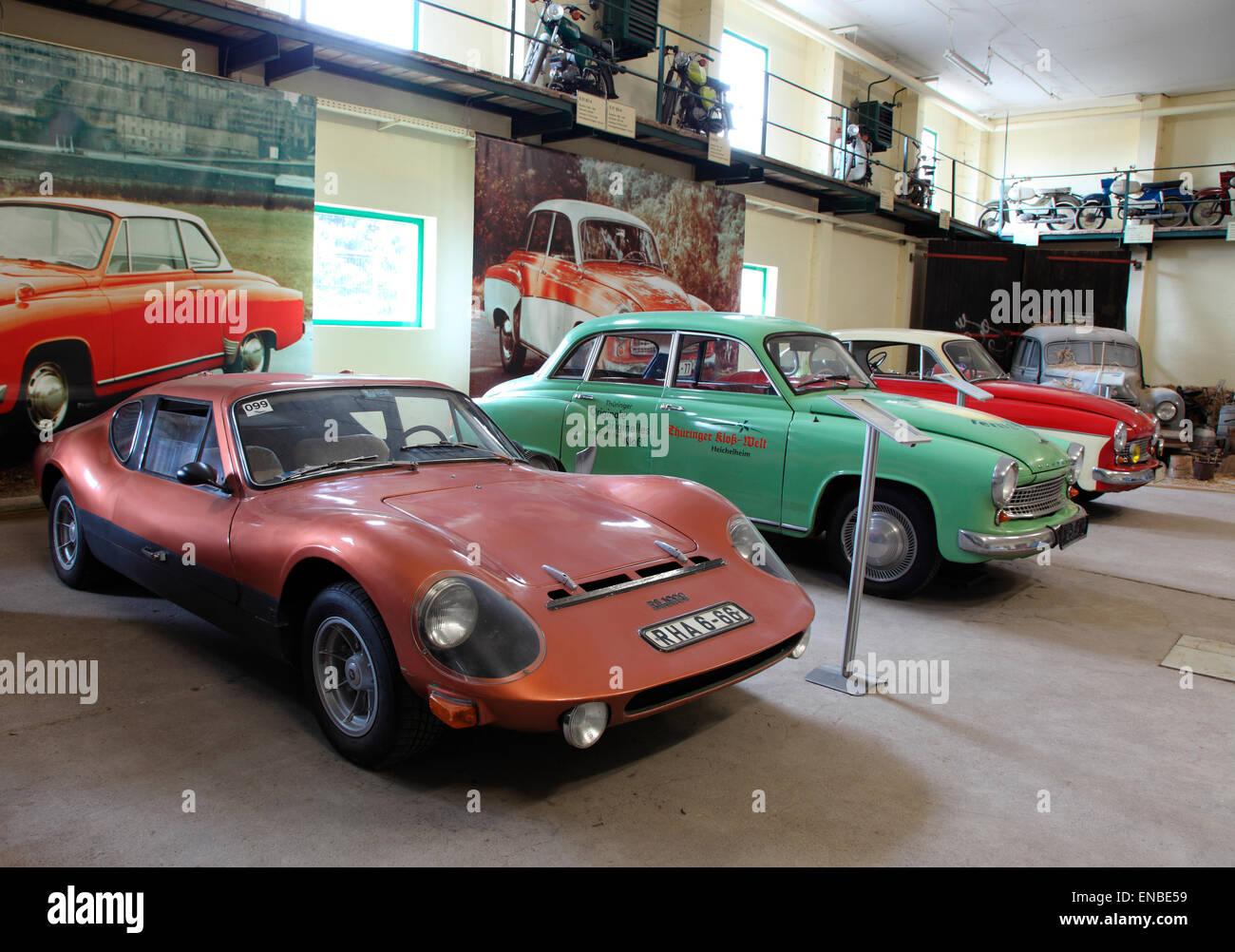Est-allemand Vintage Eisenacher automobiles sur l'affichage à l'Thuringer Dumpling Museum. Photo Stock