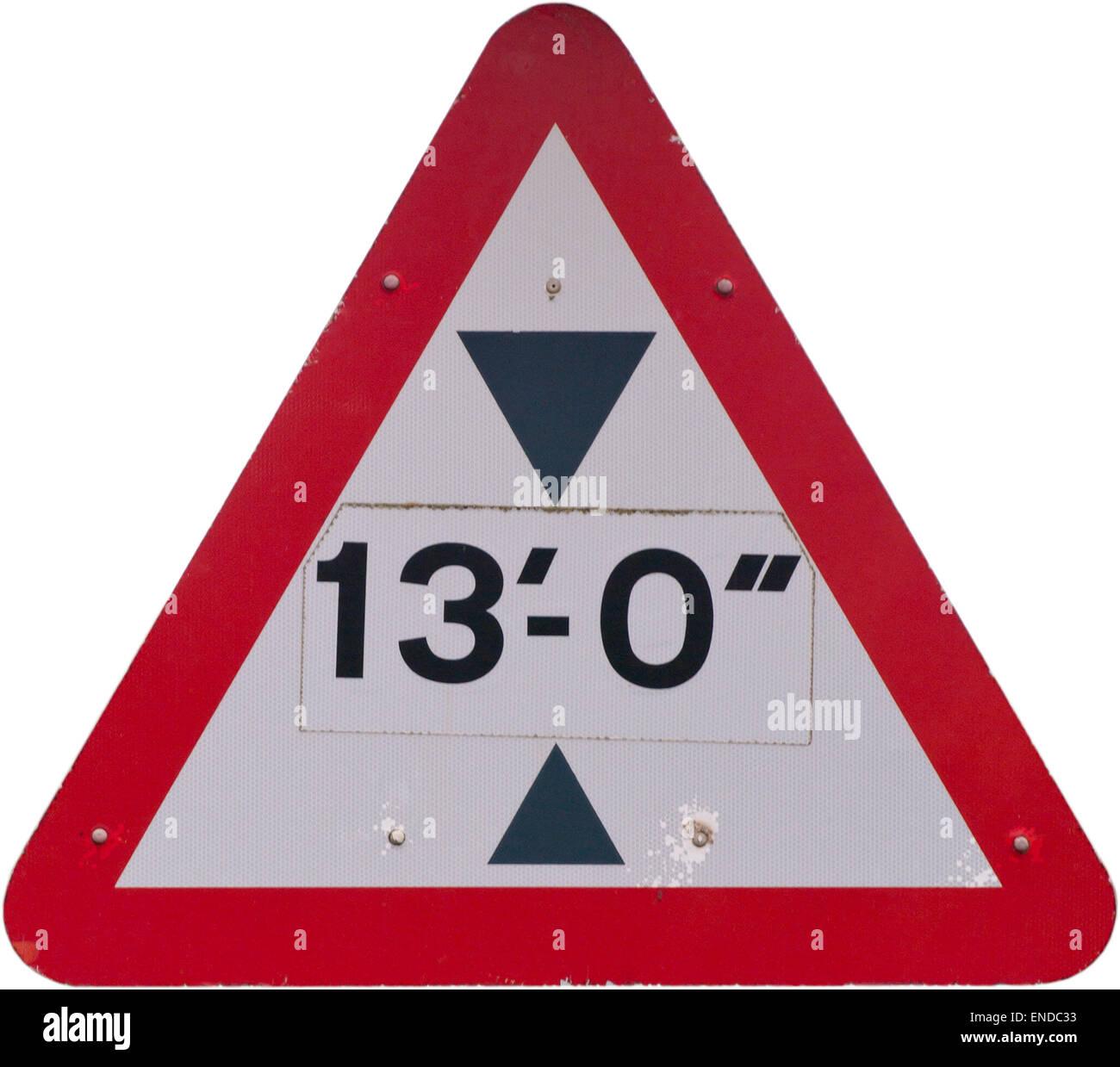 Panneau routier triangulaire de la limitation de hauteur de 13 pieds Photo Stock