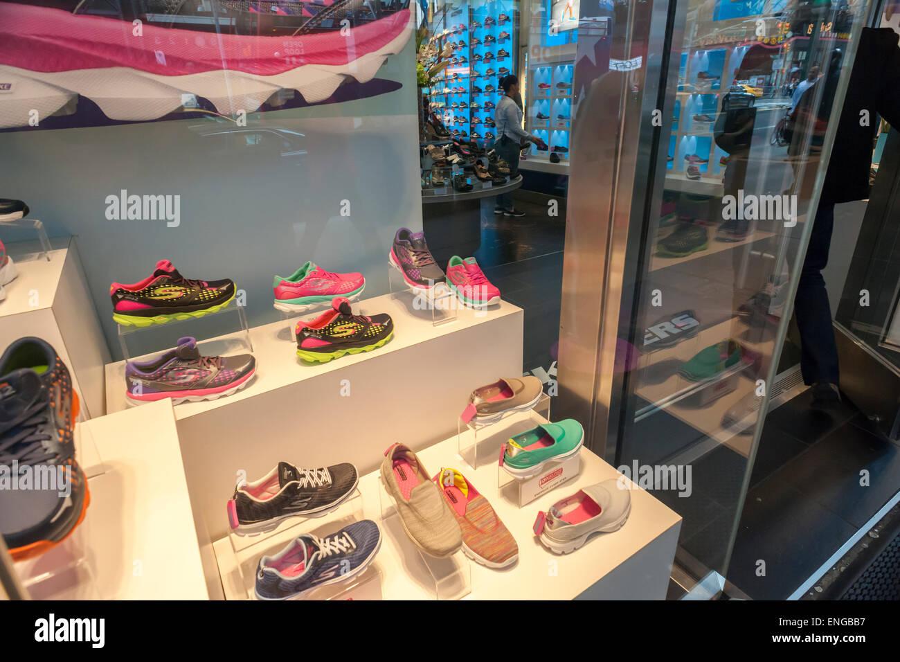 c4cfd743b5c823 Les Skechers store à Times Square à New York, le vendredi 1er mai 2015.