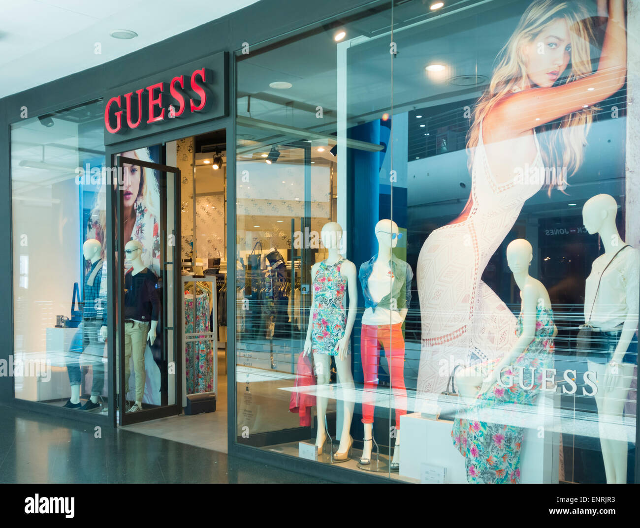 071de3440356c Clothing Store In Spain Photos   Clothing Store In Spain Images - Alamy