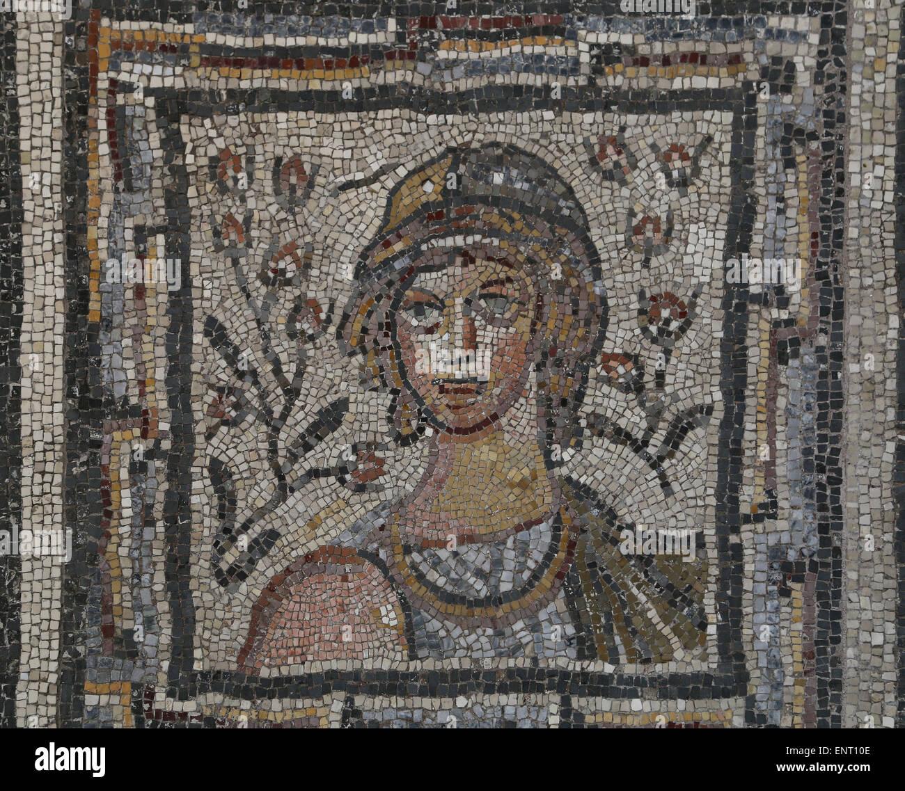 Mosaïque romaine avec les saisons. Rome, le Campanelle, Via Nouva. 4ème-5ème siècle. Musée Photo Stock
