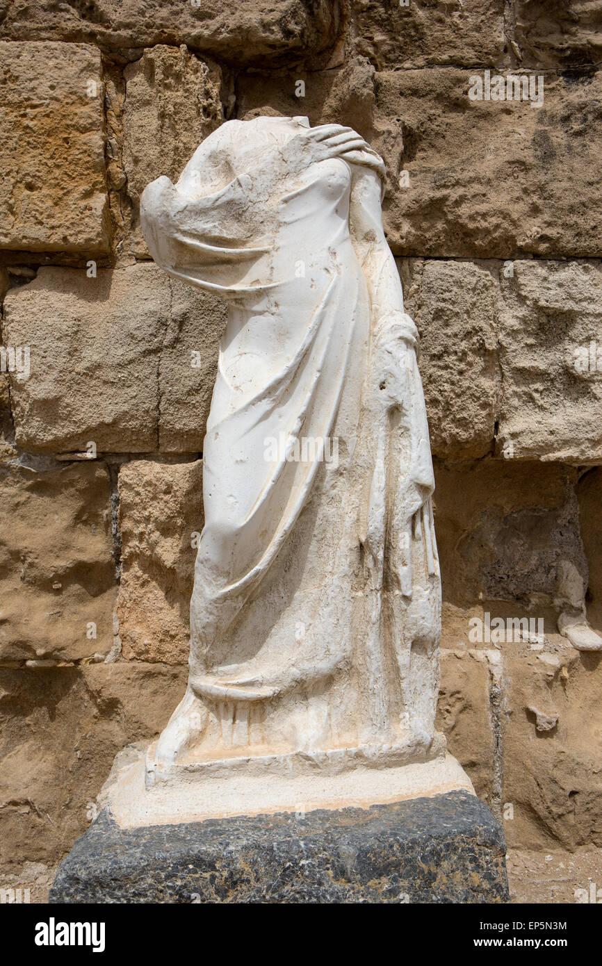 Une statue sans tête dans le nord de Chypre Photo Stock