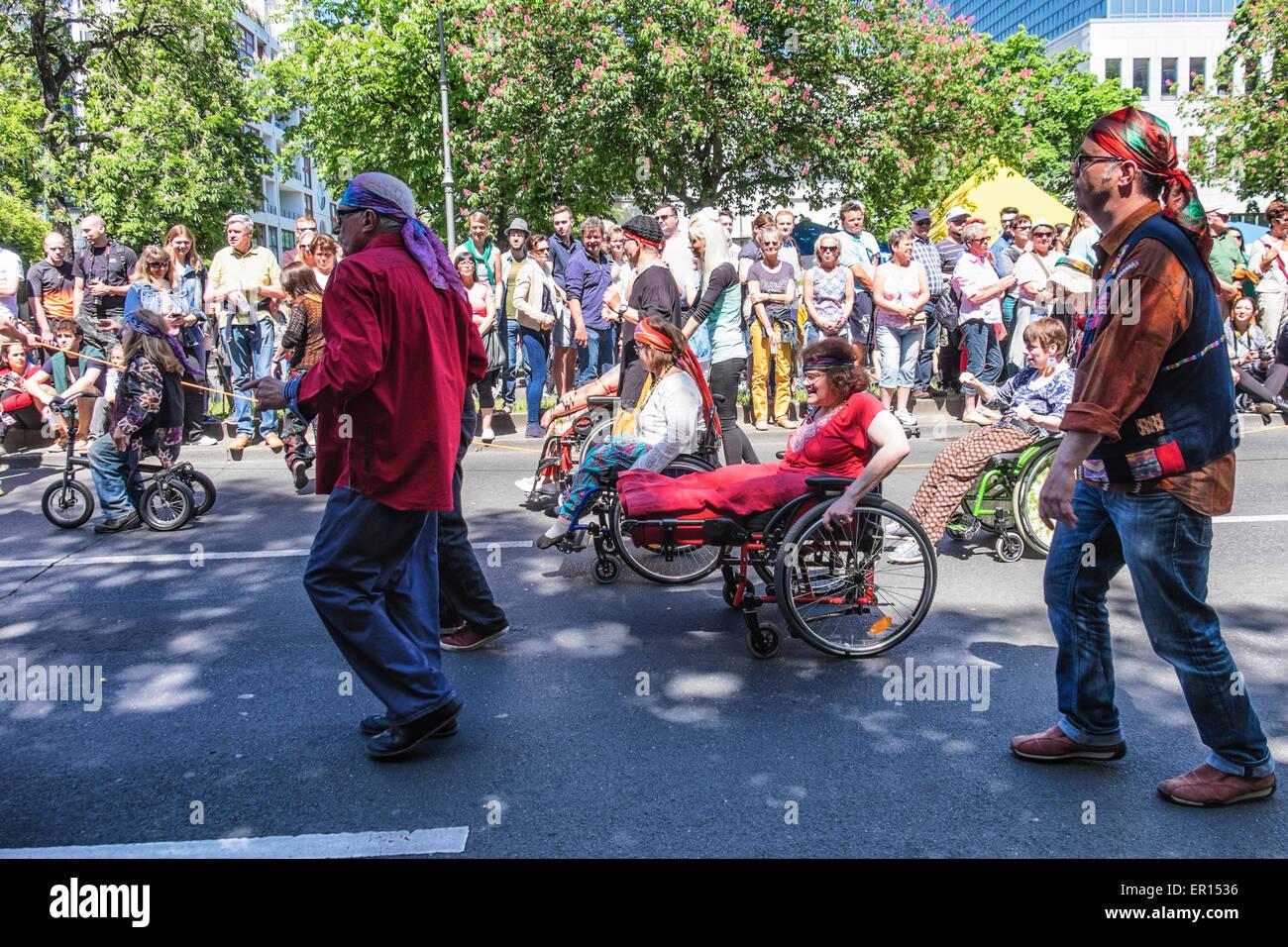 Kreuzberg, Berlin, Allemagne, le 24 mai 2015. Berlin célèbre sa diversité culturelle au Carnaval Photo Stock