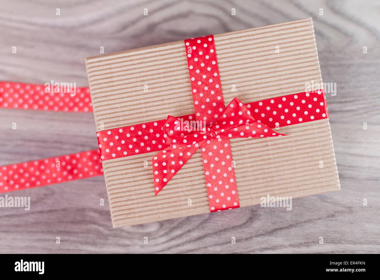 Joliment emballé présent Photo Stock