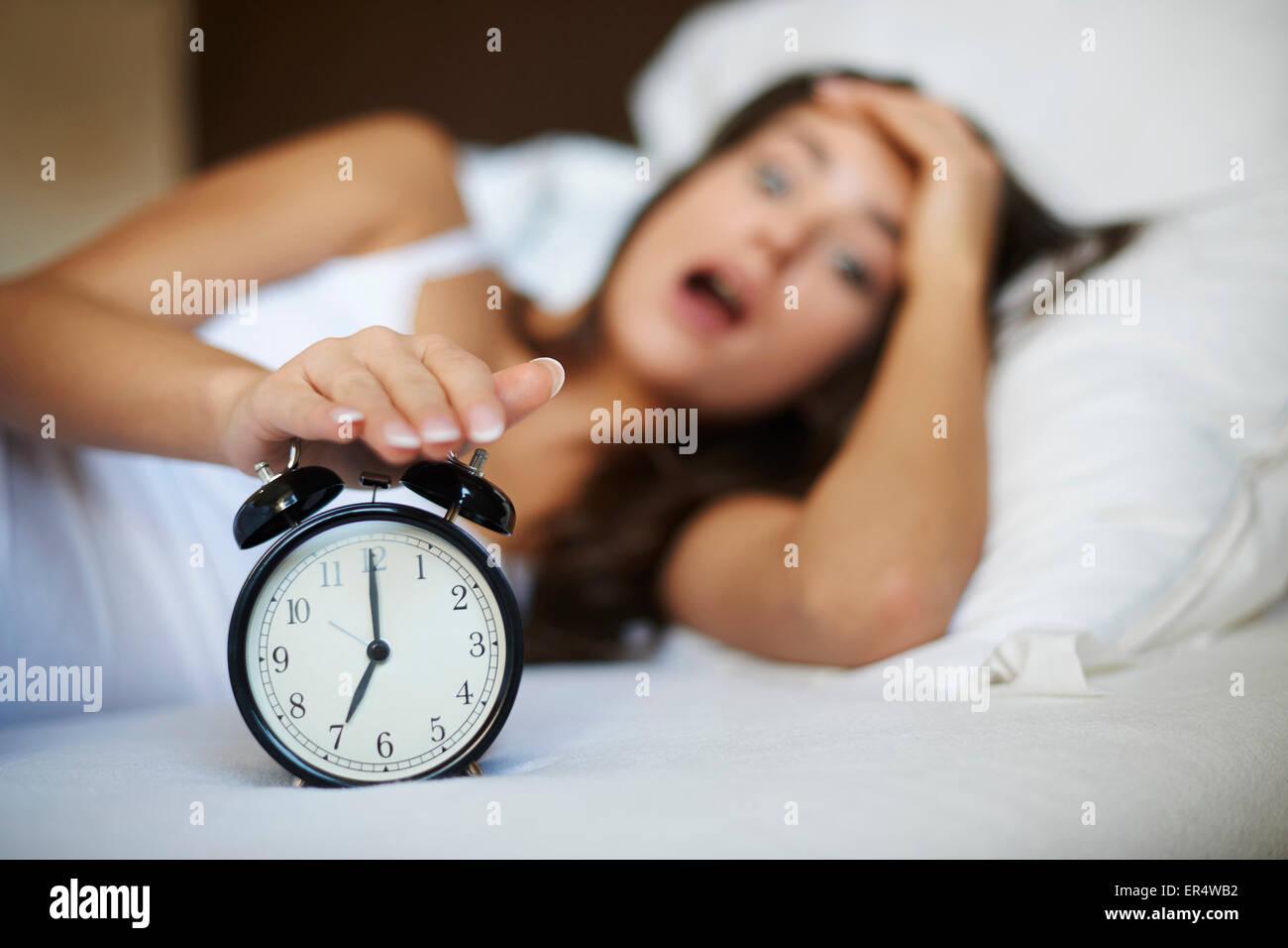 Oh non! Je me suis réveillé tard encore! Debica, Pologne Photo Stock