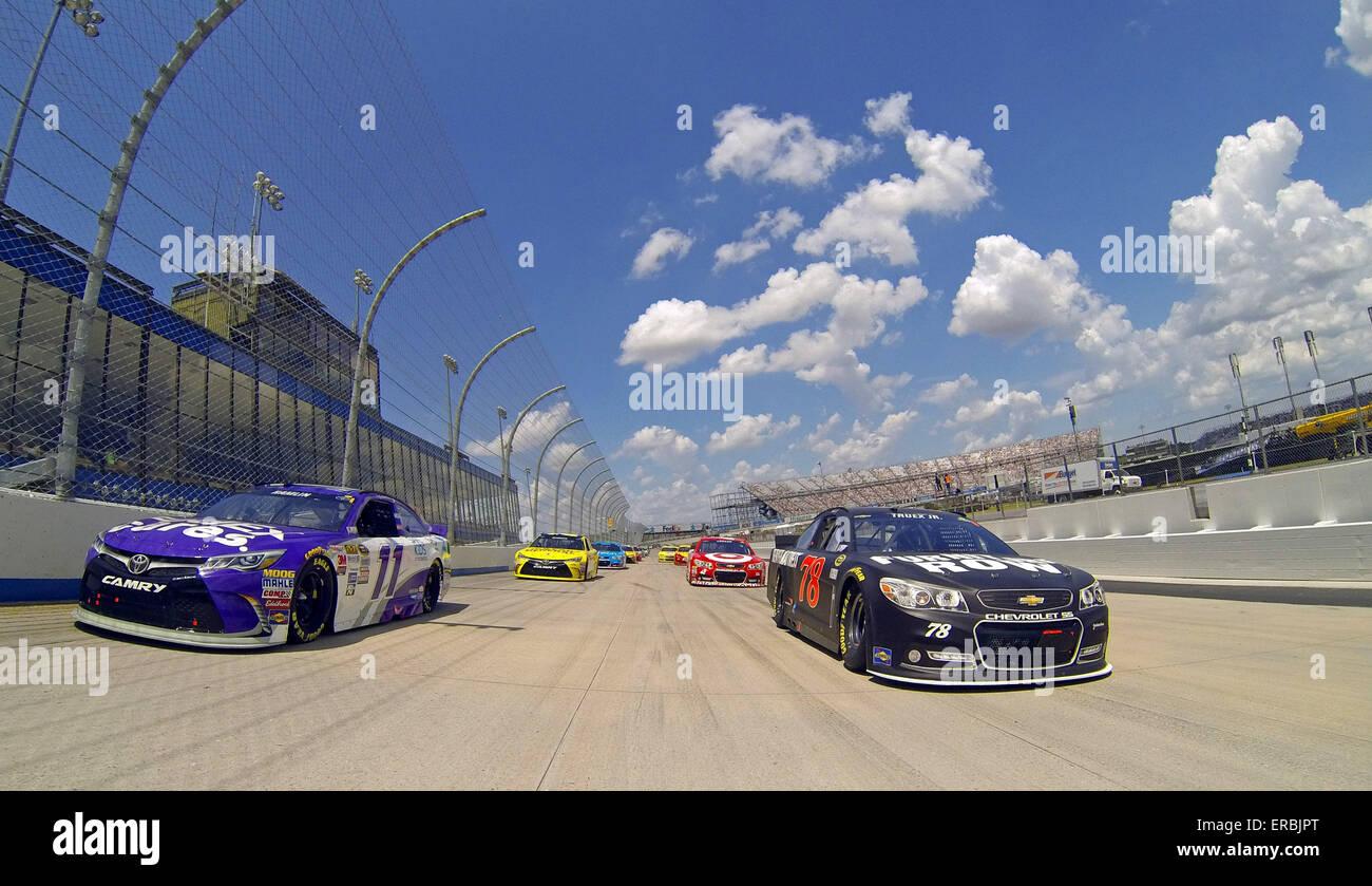 Dover, DE, USA. 31 mai, 2015. La NASCAR Sprint Cup Series équipes prennent la piste pour la FedEx 400 bénéficiant Photo Stock