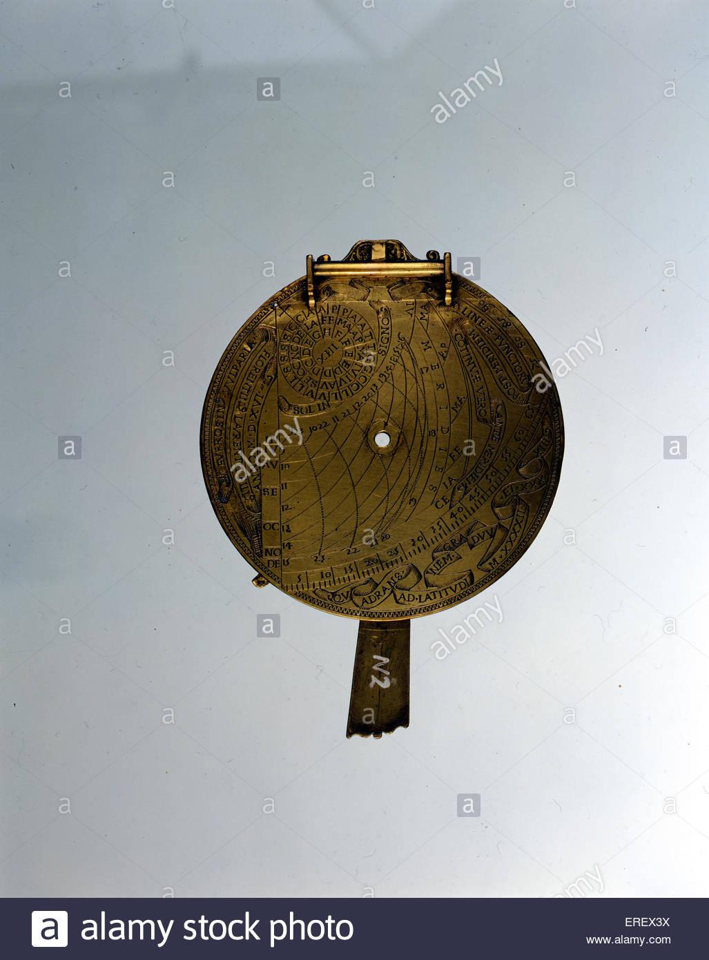 Astrolabe italien, en date du 1516. Début de l'instrument de navigation utilisées pour calculer le Photo Stock