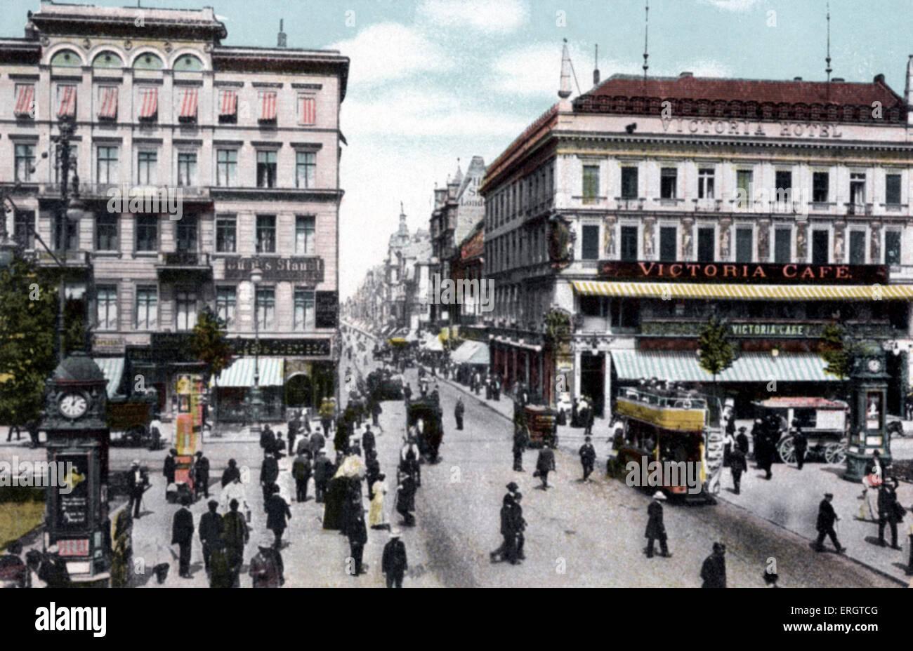 Berlin au tournant du 20e siècle. Unter den Linden, la Friedrichstrasse. Photographie de trams et calèches. Photo Stock