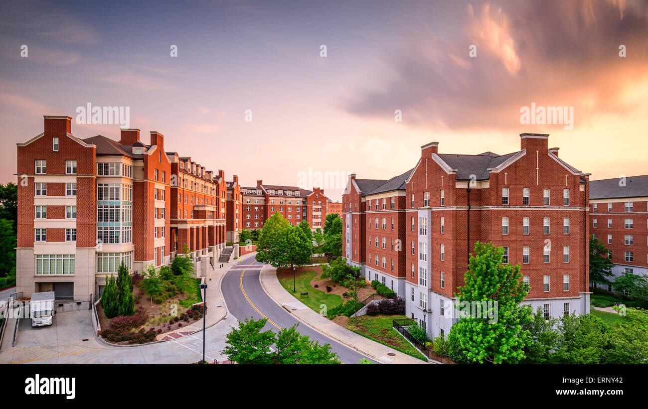 Les immeubles d'un dortoir à l'université de Georgia à Athens, Géorgie, USA. Photo Stock