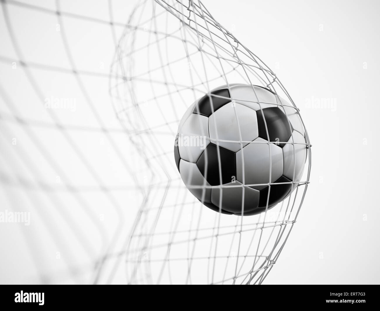 Ballon de soccer ou de football sur le net isolé sur fond blanc Photo Stock