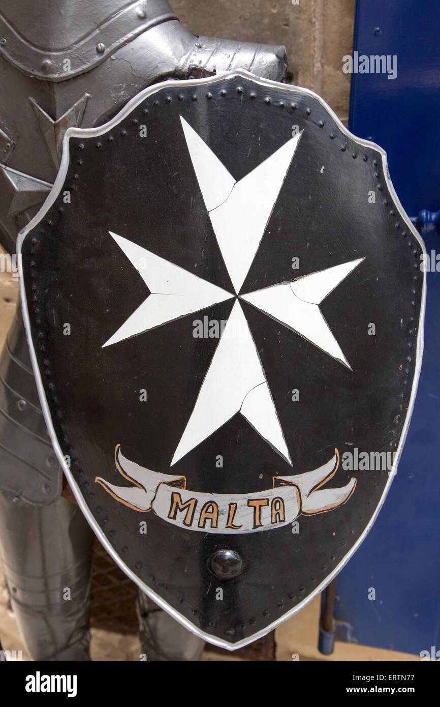 bouclier m di val avec la croix de malte mdina malte banque d 39 images photo stock 83522075 alamy. Black Bedroom Furniture Sets. Home Design Ideas