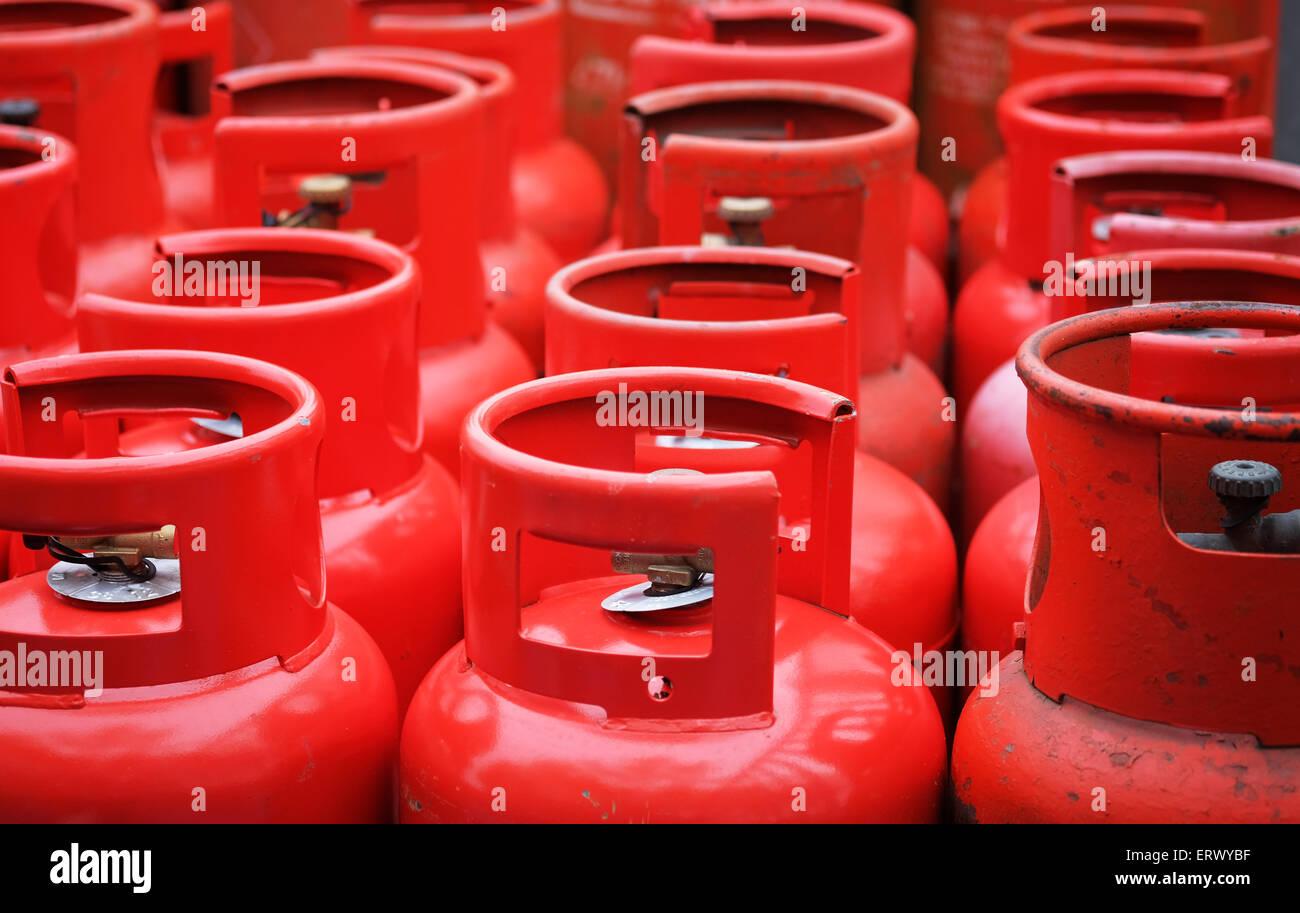 Le Gaz Butane dedans les bouteilles de gaz butane dans la zone de stockage banque d