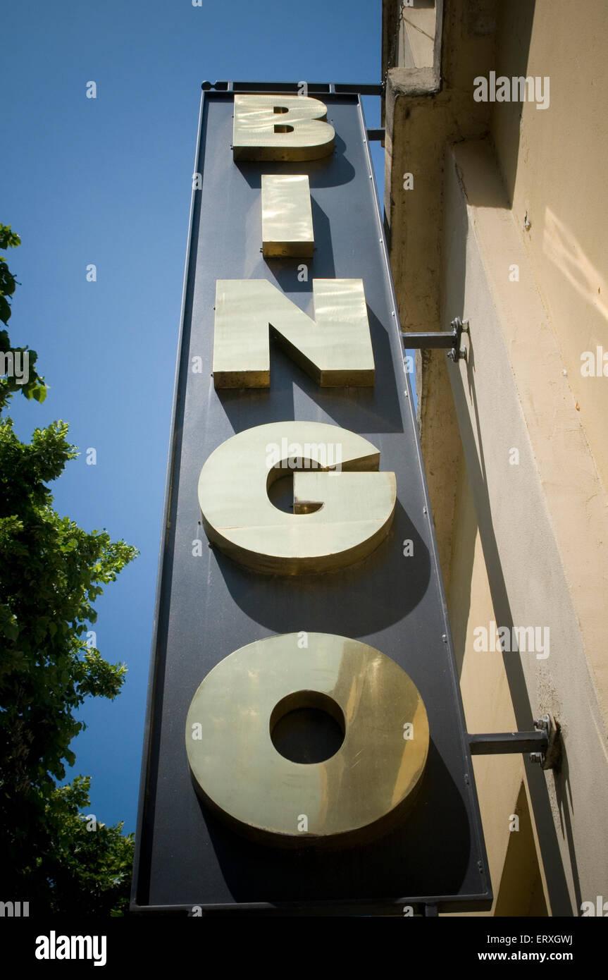 Les salles de jeu de bingo jeu de deux gros chers appelants appelant lingo Photo Stock