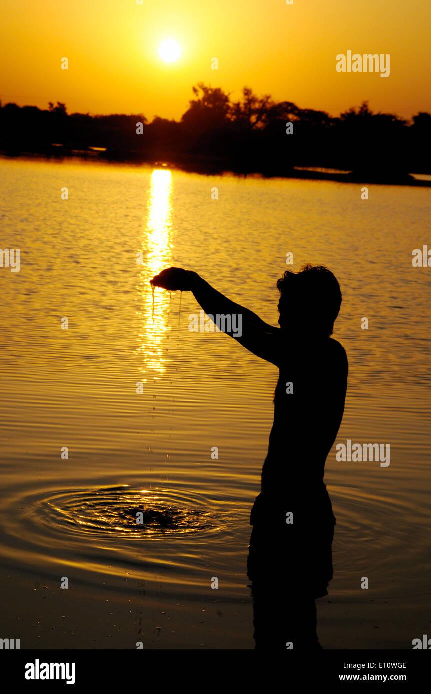 Le culte de l'homme soleil; l'Inde Photo Stock