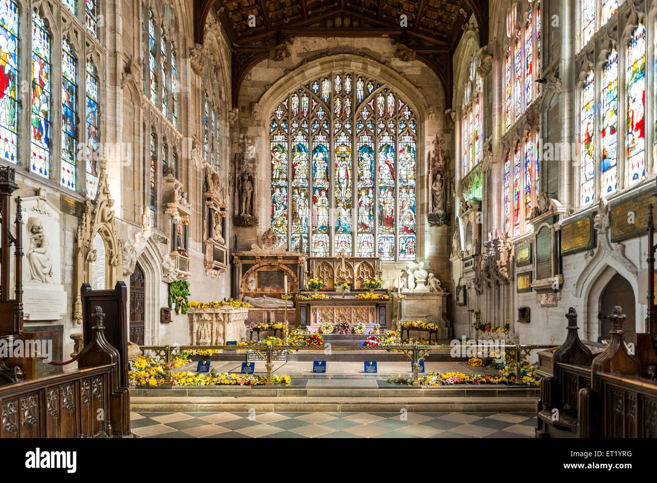 Le choeur de l'église Holy Trinity à Stratford-upon-Avon est le lieu de sépulture de William Shakespeare Banque D'Images
