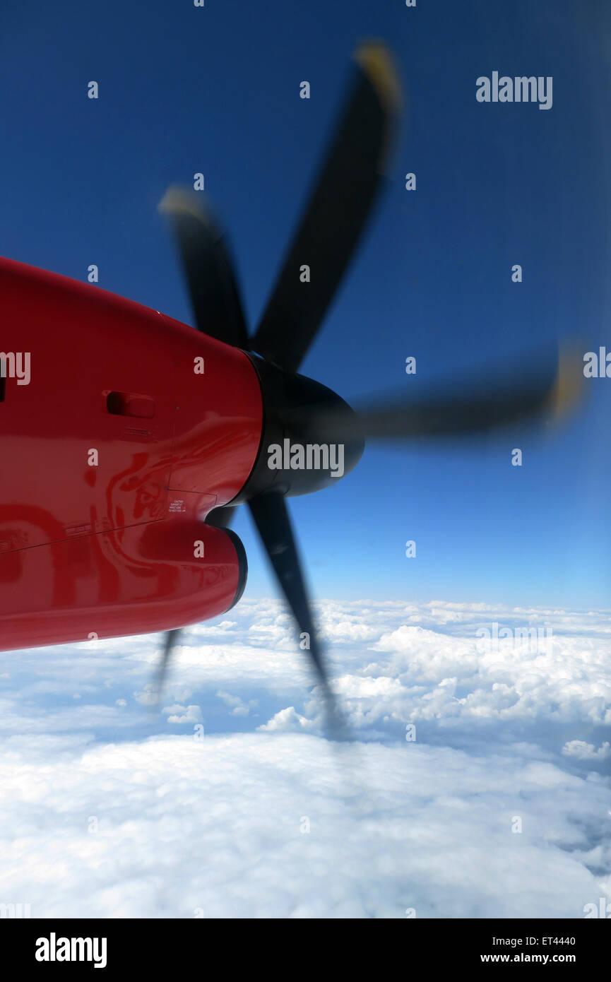 Berlin, Allemagne, en vue d'un avion survolant les nuages Banque D'Images