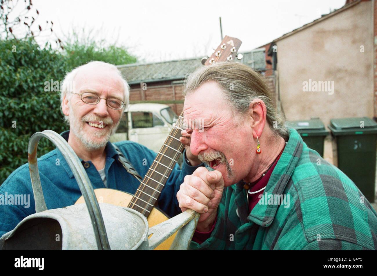 La nouvelle bande Idiot moderne...comme ils le sont aujourd'hui, Rob Armstrong (à gauche) et Rod Felton. Photo Stock