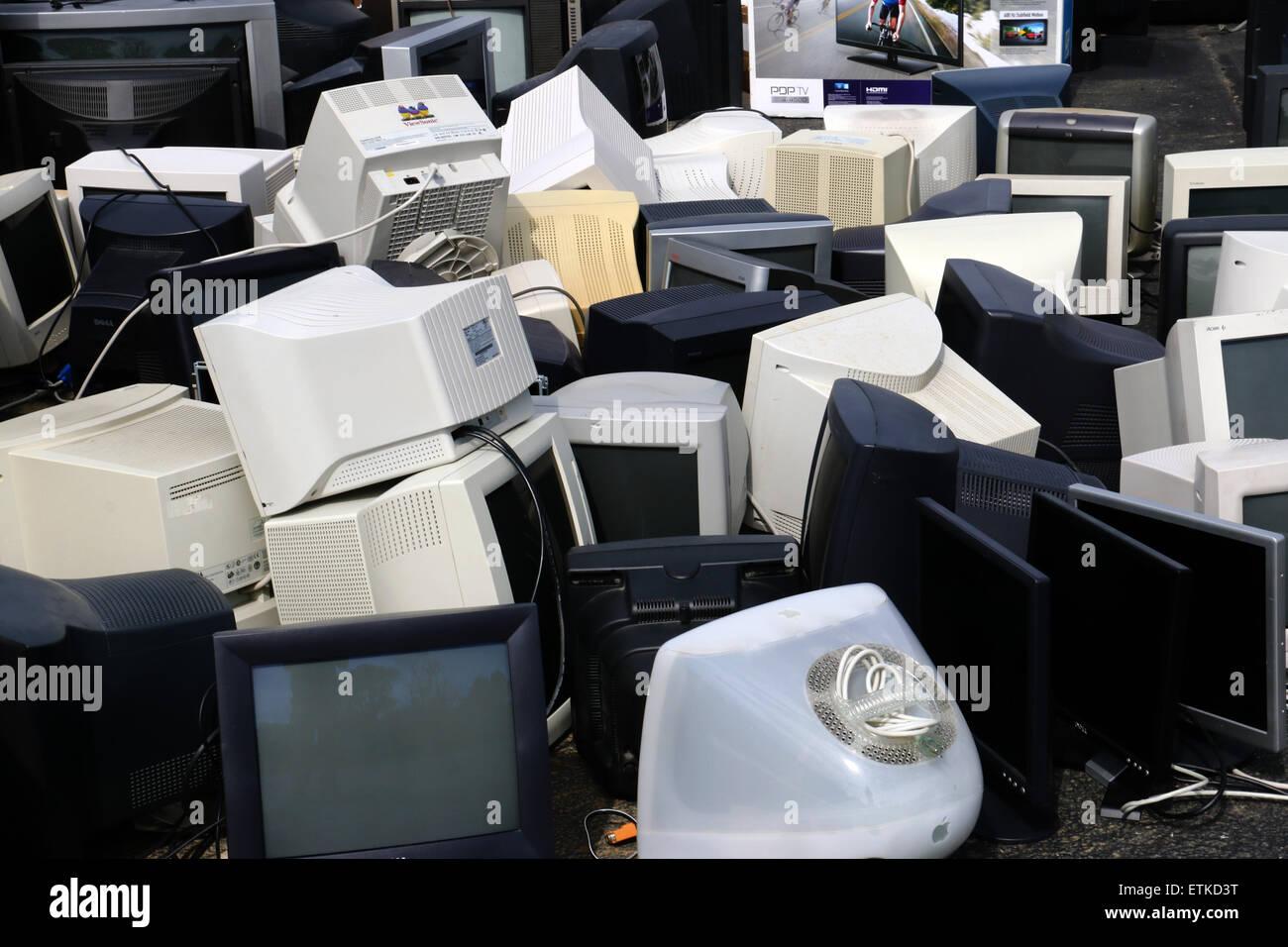 Recyclage de matériel électronique désuet vieux moniteur ordinateur portable de l'Ohio de l'imprimante Photo Stock