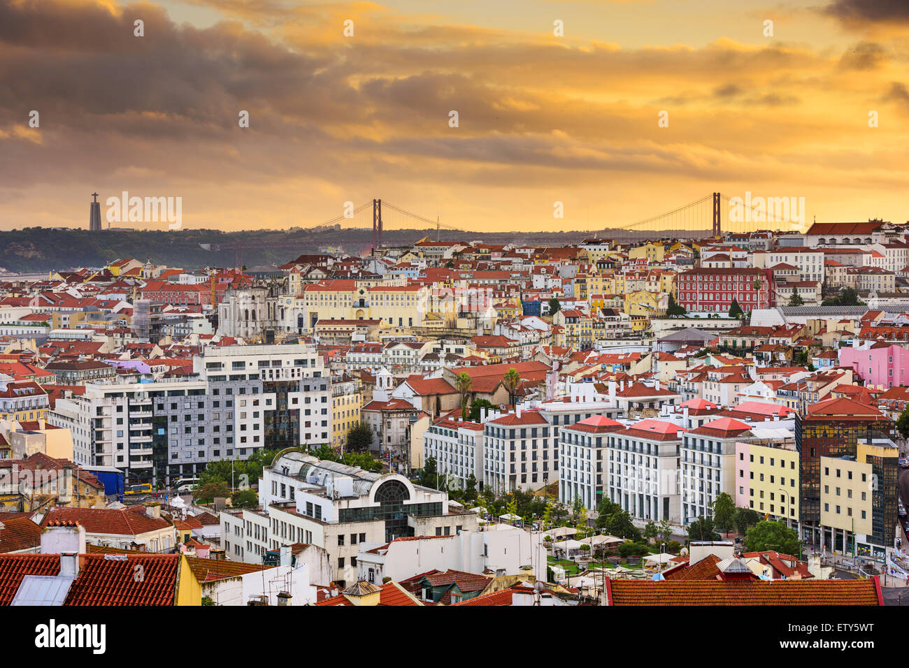 Lisbonne, Portugal skyline at sunset. Photo Stock