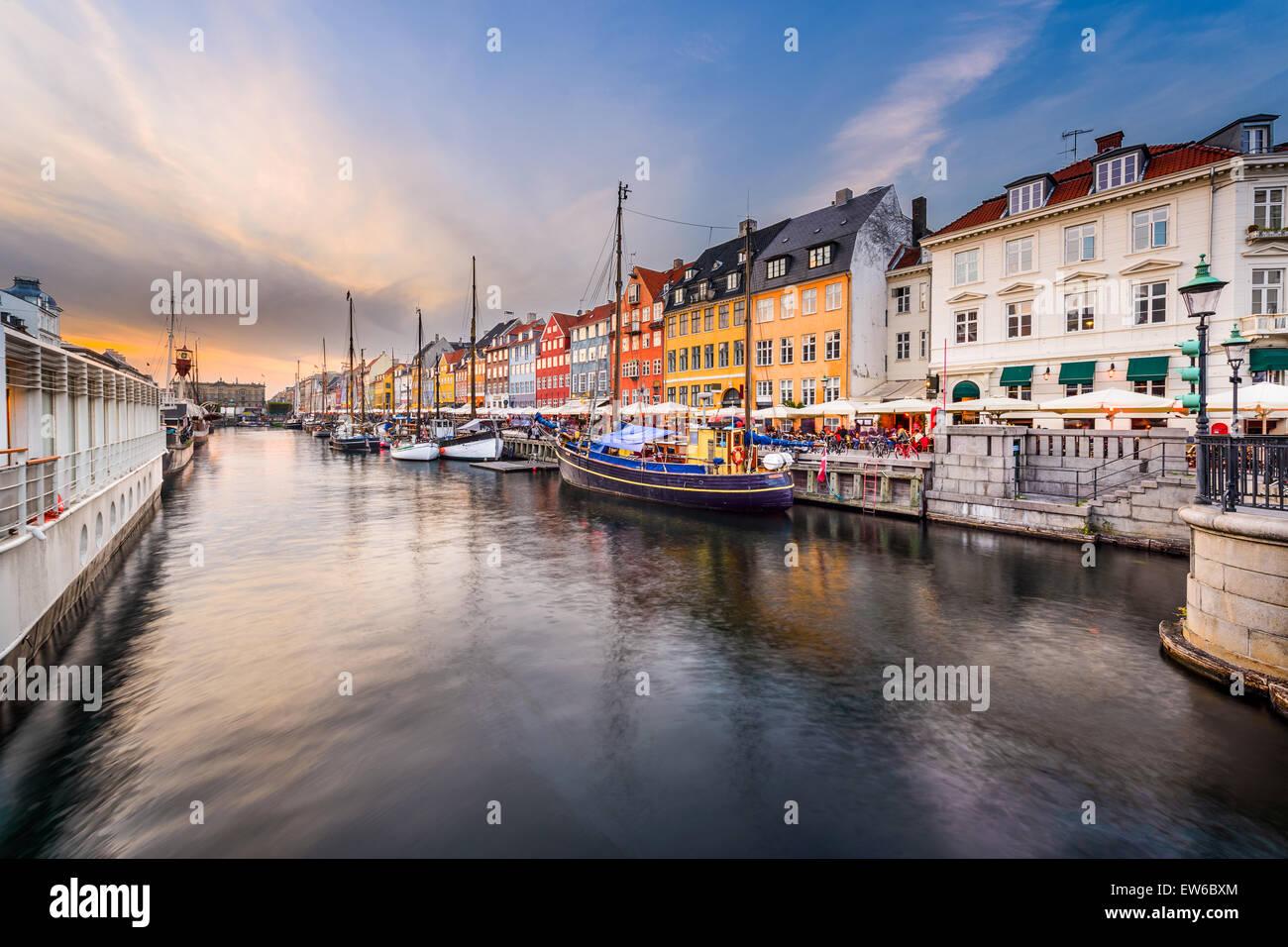 Canal de Nyhavn à Copenhague, Danemark. Photo Stock