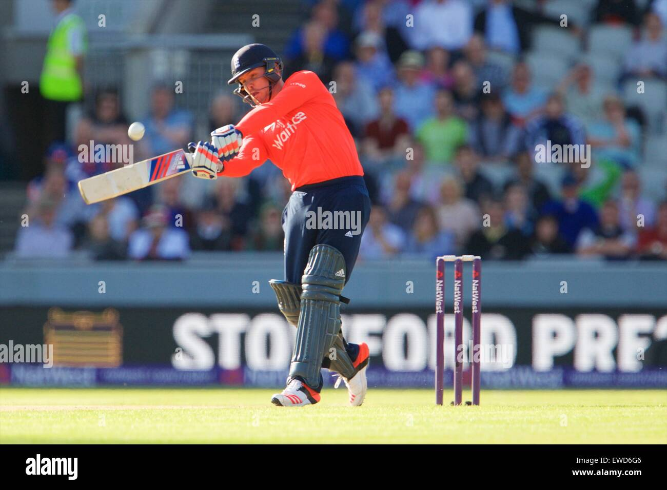 Manchester, UK. 23 Juin, 2015. NatWest International T20 Cricket. L'Angleterre contre la Nouvelle-Zélande. Photo Stock
