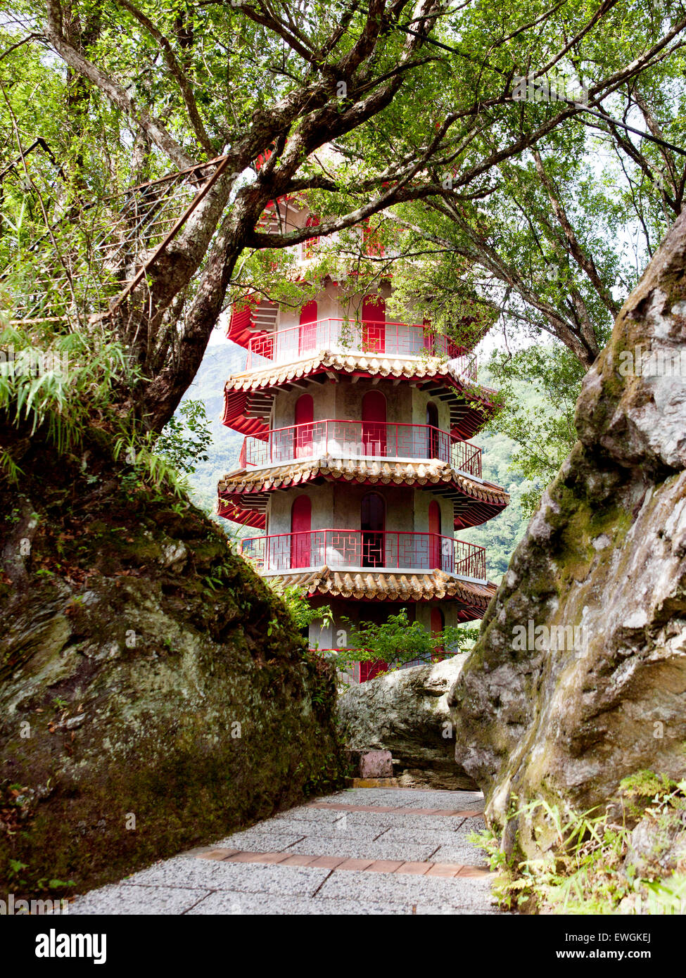 Hsiang-te (Tienhsiang ) pagode. Les Gorges de Taroko. Taïwan. Photo Stock
