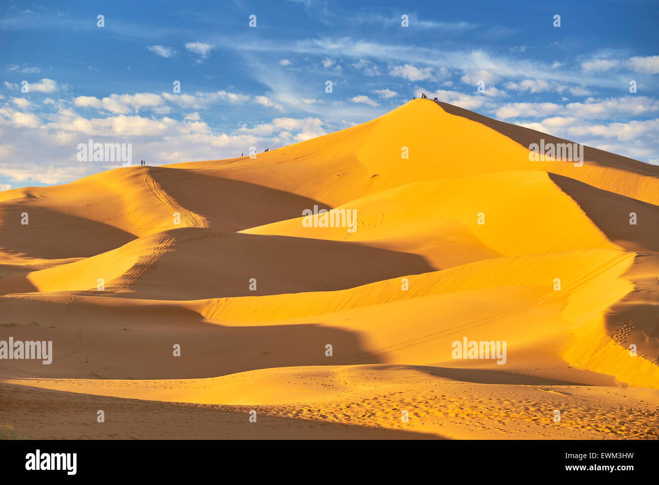 Désert Erg Chebbi près de Merzouga, Sahara, Maroc Photo Stock