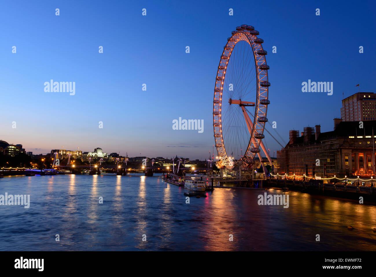 London Eye, grande roue du millénaire, Londres, Angleterre, Royaume-Uni Photo Stock