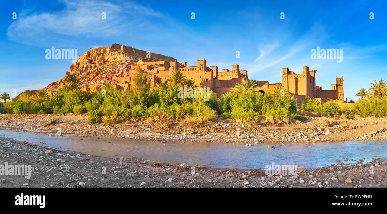 Vue panoramique de Ait Benhaddou, Ait Ben Haddou, Kasbah, Ouarzazate, Maroc, Afrique Photo Stock