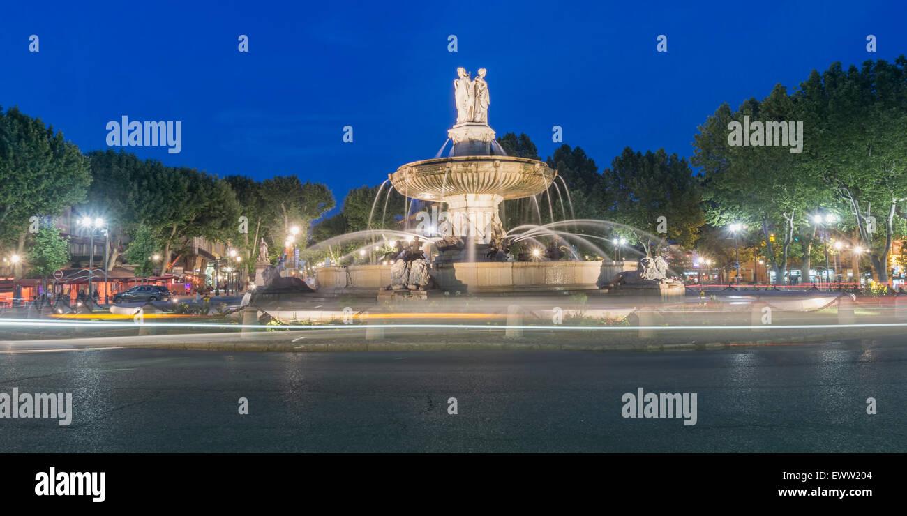 Fontaine de la Rotonde - le rond-point central à Aix-en-Provence, France, Photo Stock