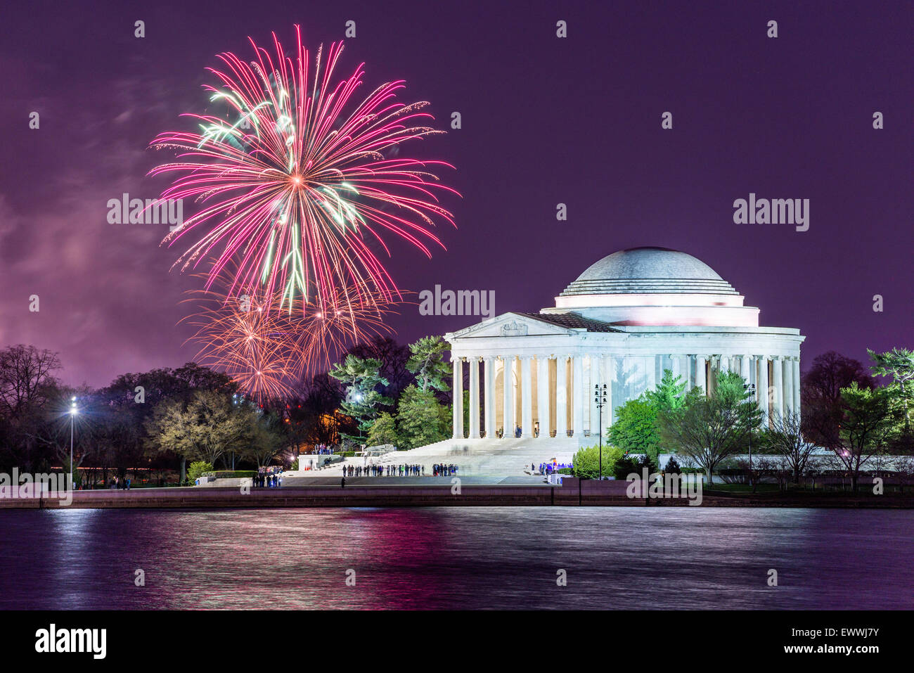 Washington DC, USA tidal basin d'artifice. Photo Stock