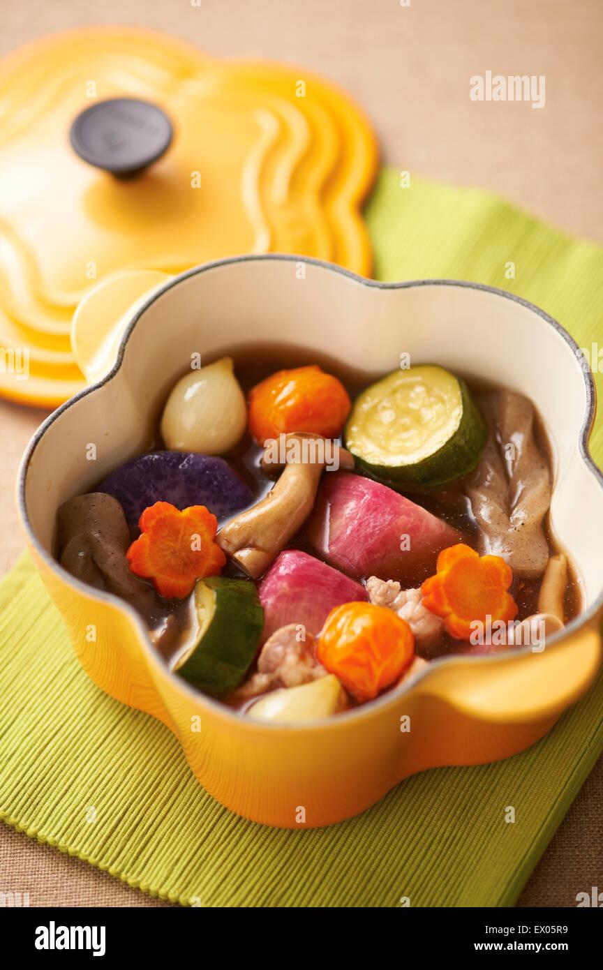 Plat mijoté en fonte de fer de cuisine Photo Stock