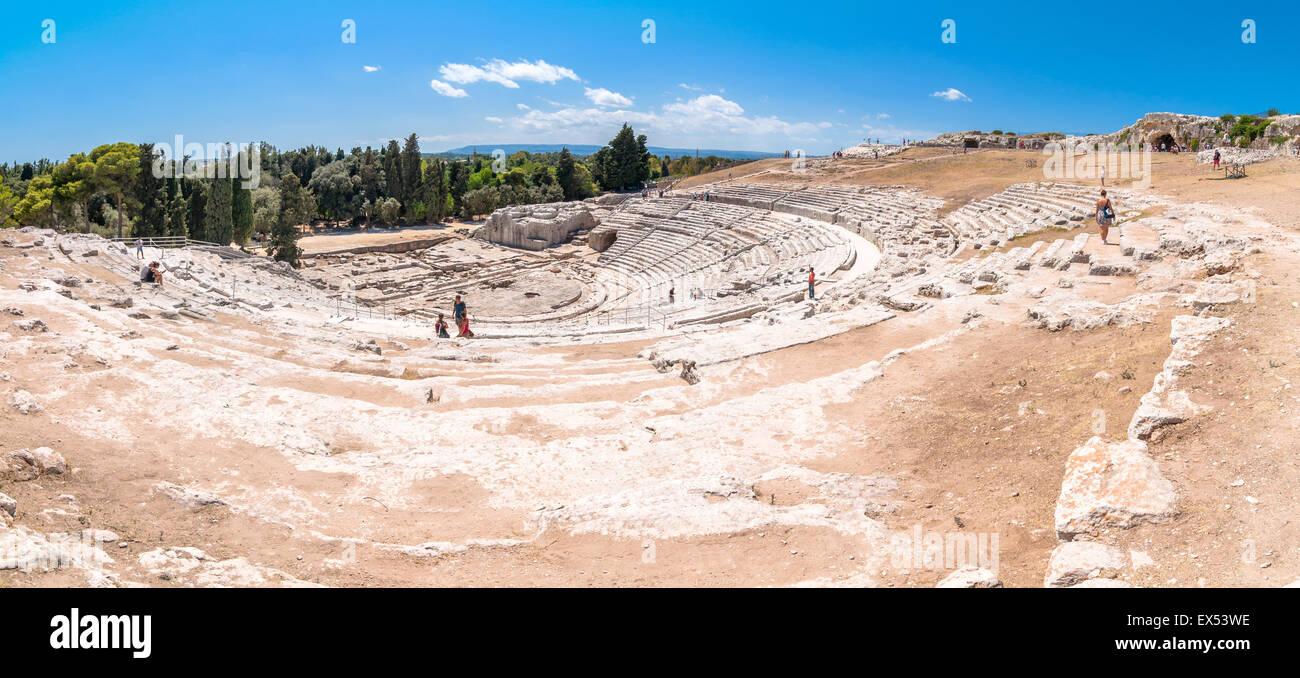Théâtre grec antique de Syracuse, Sicile, Italie. Ce monument est dans la liste du patrimoine mondial de l'Unesco. Banque D'Images