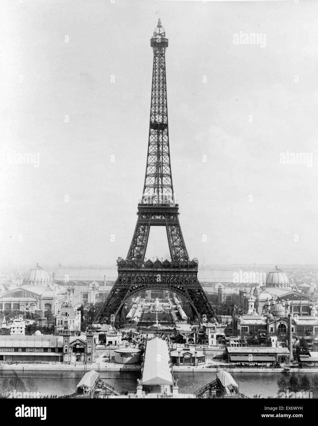 Impression photographique de la Tour Eiffel. Datée 1889 Photo Stock