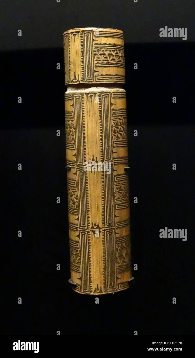 Pour l'objet gourd mélanésien cérémonielles. La Papouasie-Nouvelle-Guinée 1900 Photo Stock