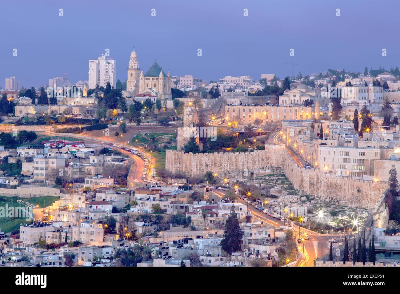 Jérusalem - Outlook à partir de la montagne des Oliviers à l'abbaye de la Dormition et la partie Photo Stock