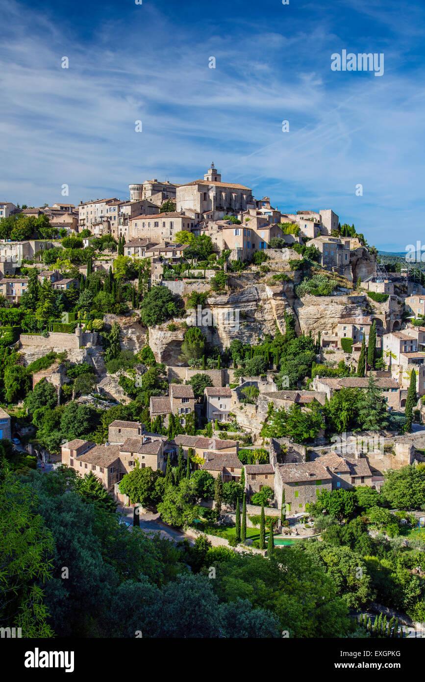 Vue sur le village de Gordes, Vaucluse, Provence, France Photo Stock