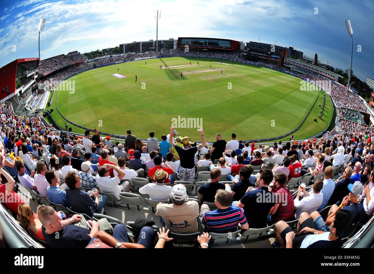Vue panoramique de unis Old Trafford, Manchester, Angleterre. T20 cricket souffle entre Lancashire et Yorkshire Photo Stock