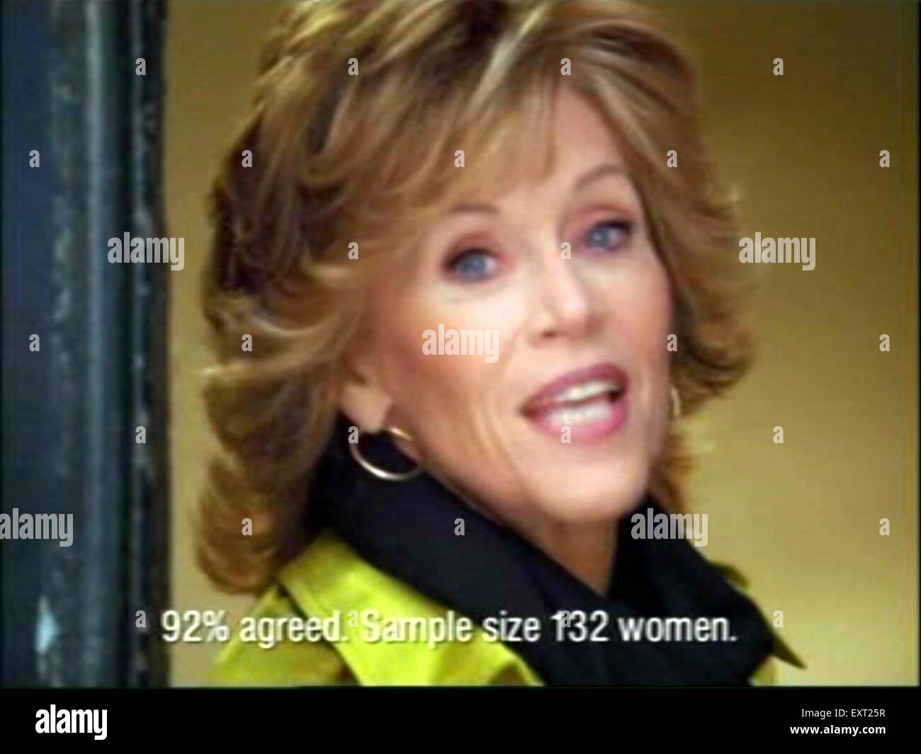5f33d2eb768 2000s UK L'Oreal Pub TV (pince) · The Advertising Archives / Alamy ...