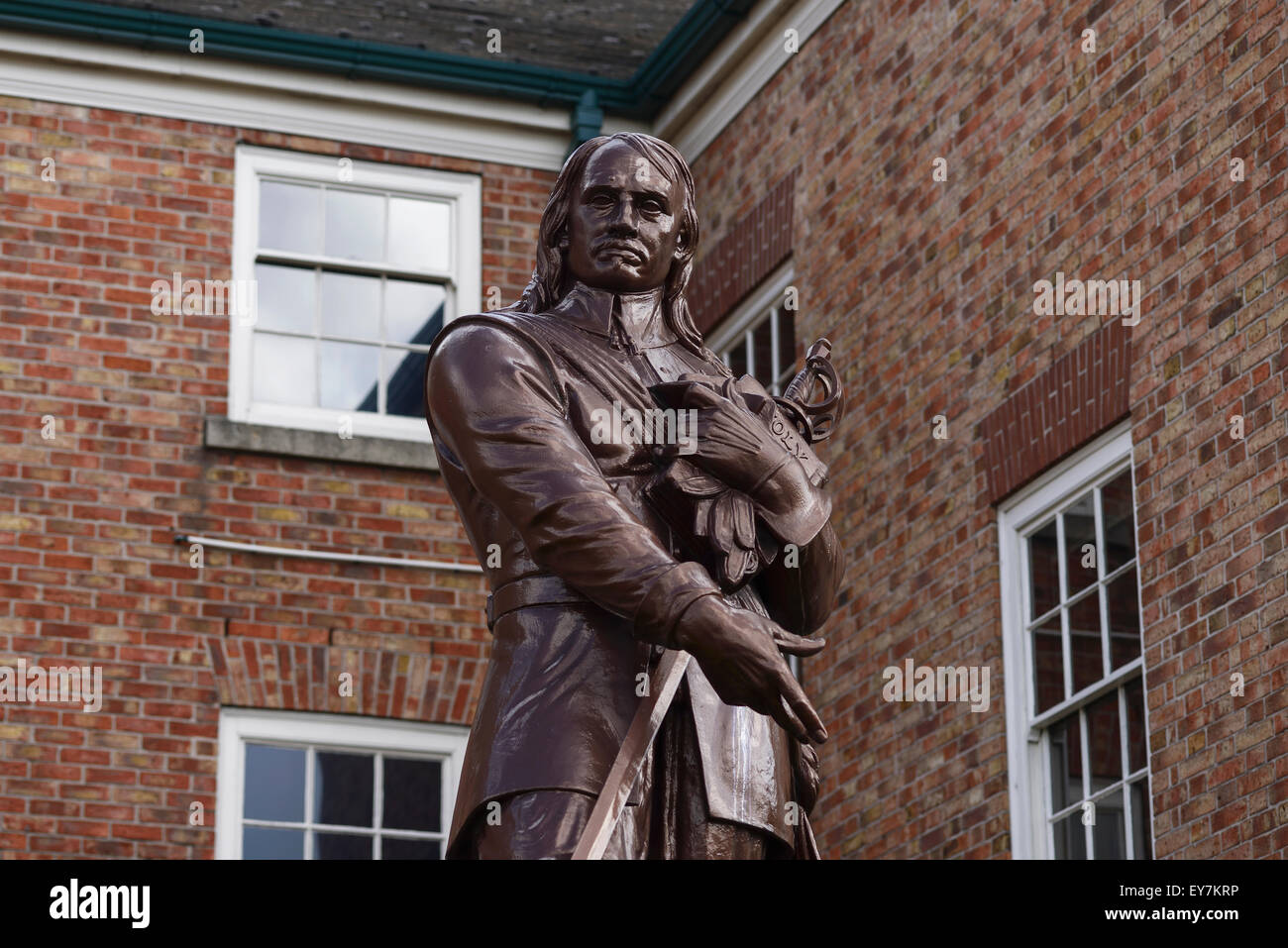 Cromwell statue photos cromwell statue images alamy
