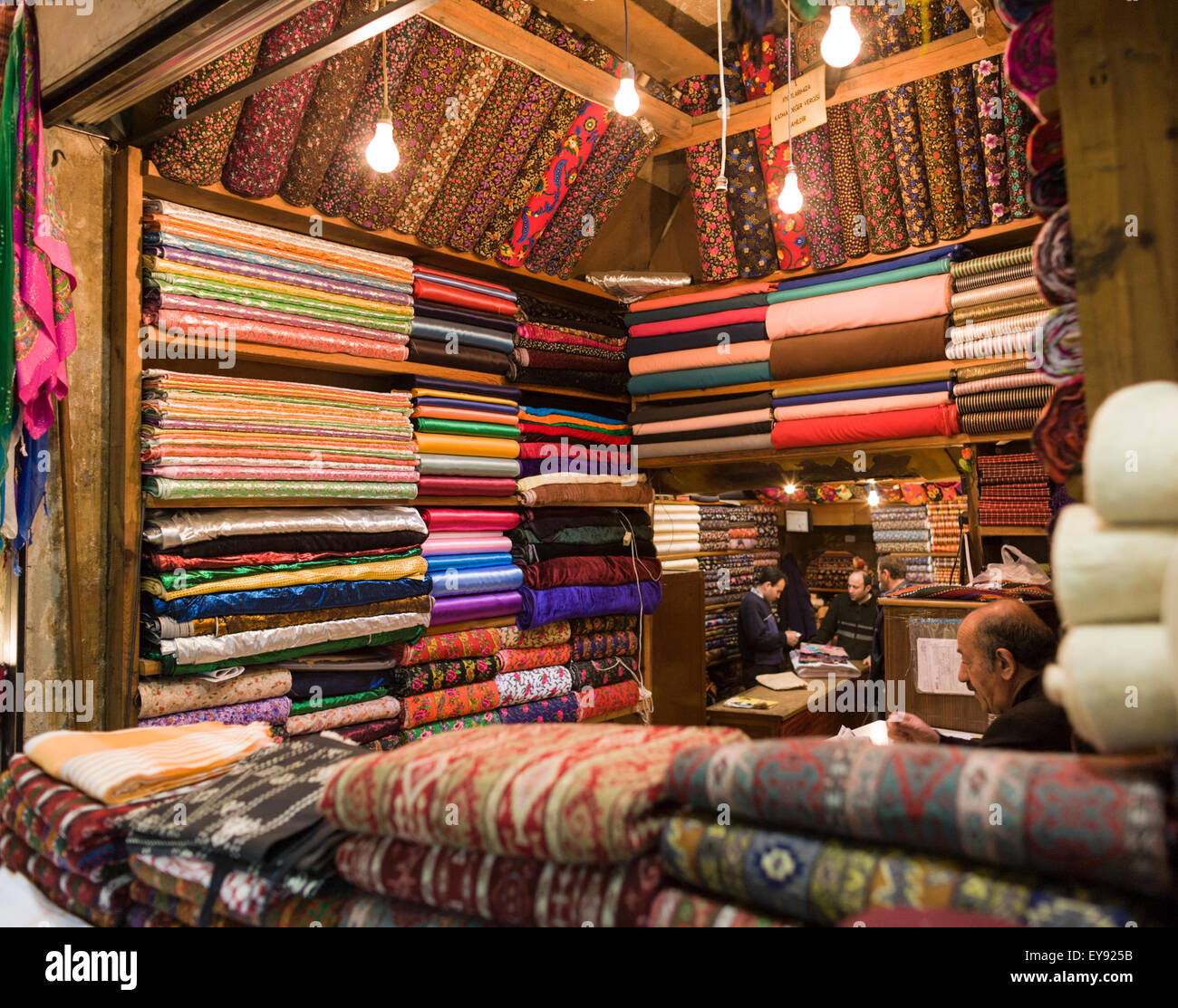 Boutique Textile dans le Grand Bazar, Istanbul, Turquie Photo Stock