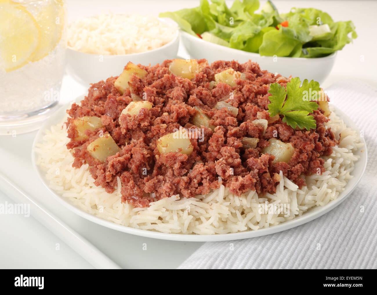 Traditionnel CLASSIQUE LE CORNED BEEF HASH FICHE Photo Stock