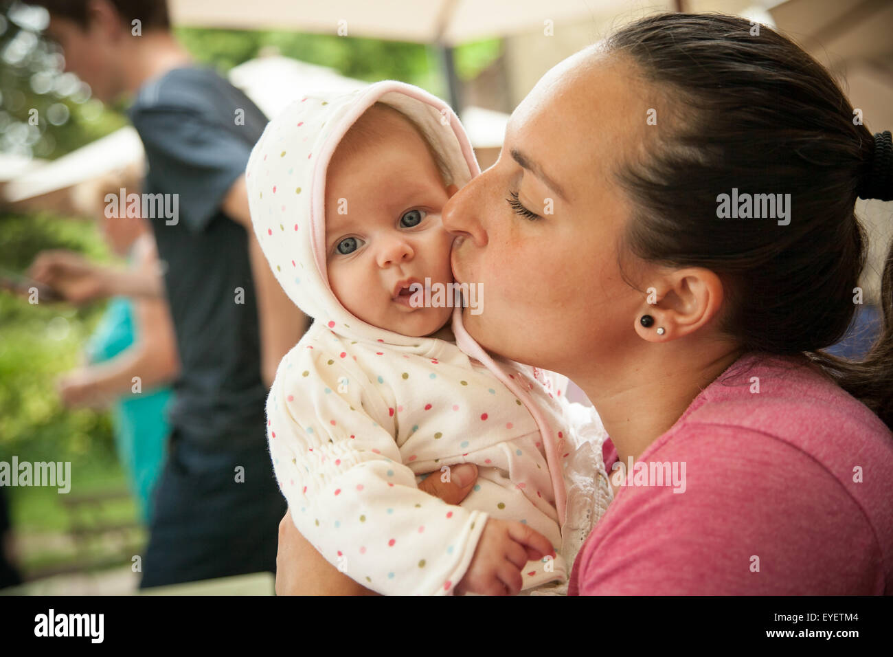 Fille de maman Photo Stock