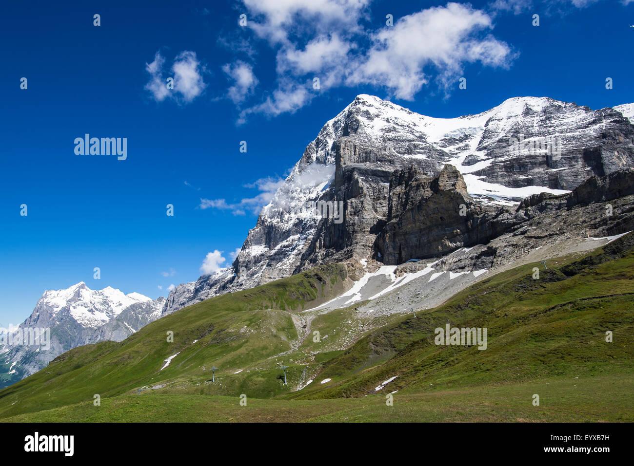 L'Eiger montrant sa célèbre face Nord, Suisse. Photo Stock