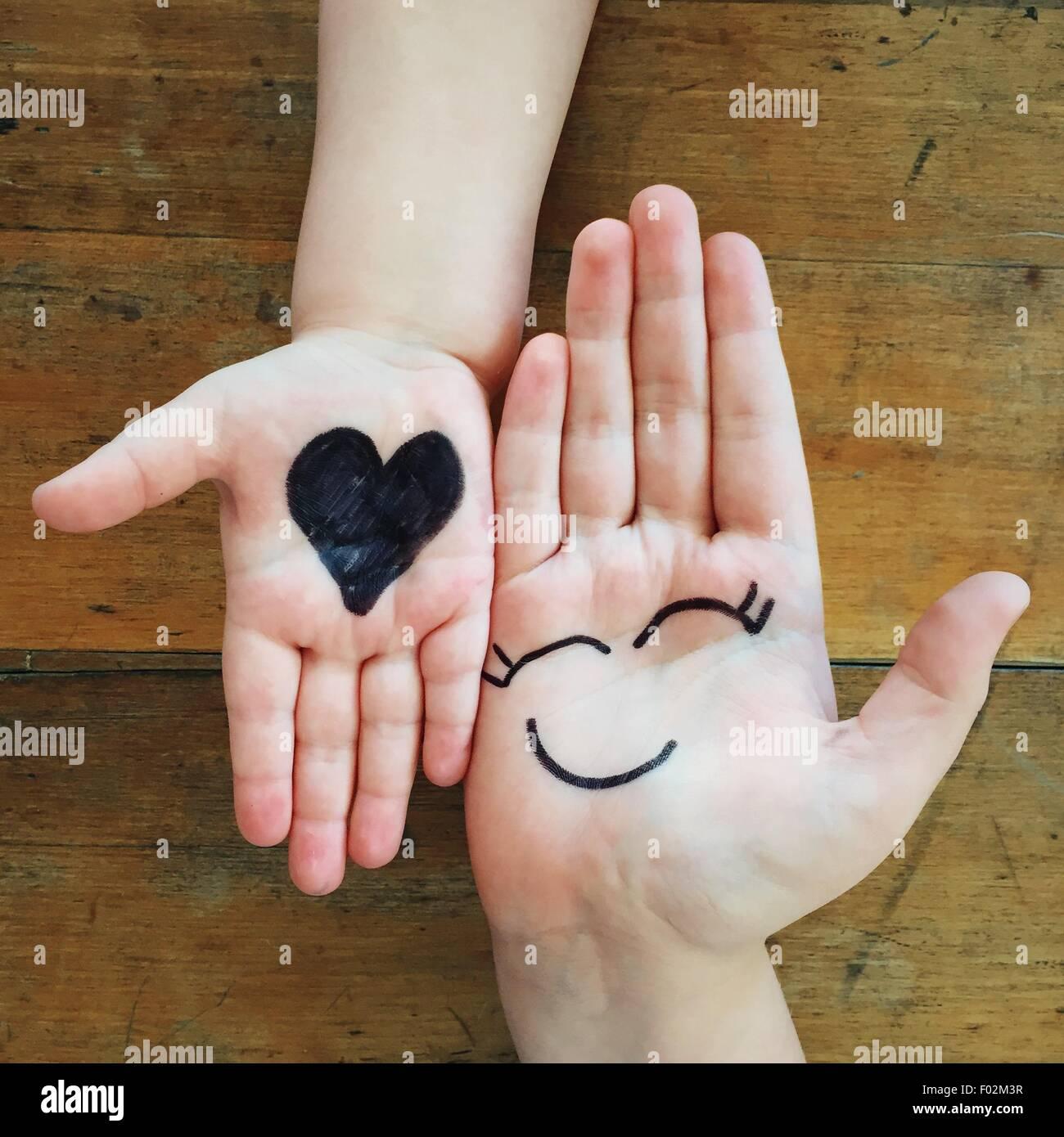 Amour et bonheur mains Photo Stock