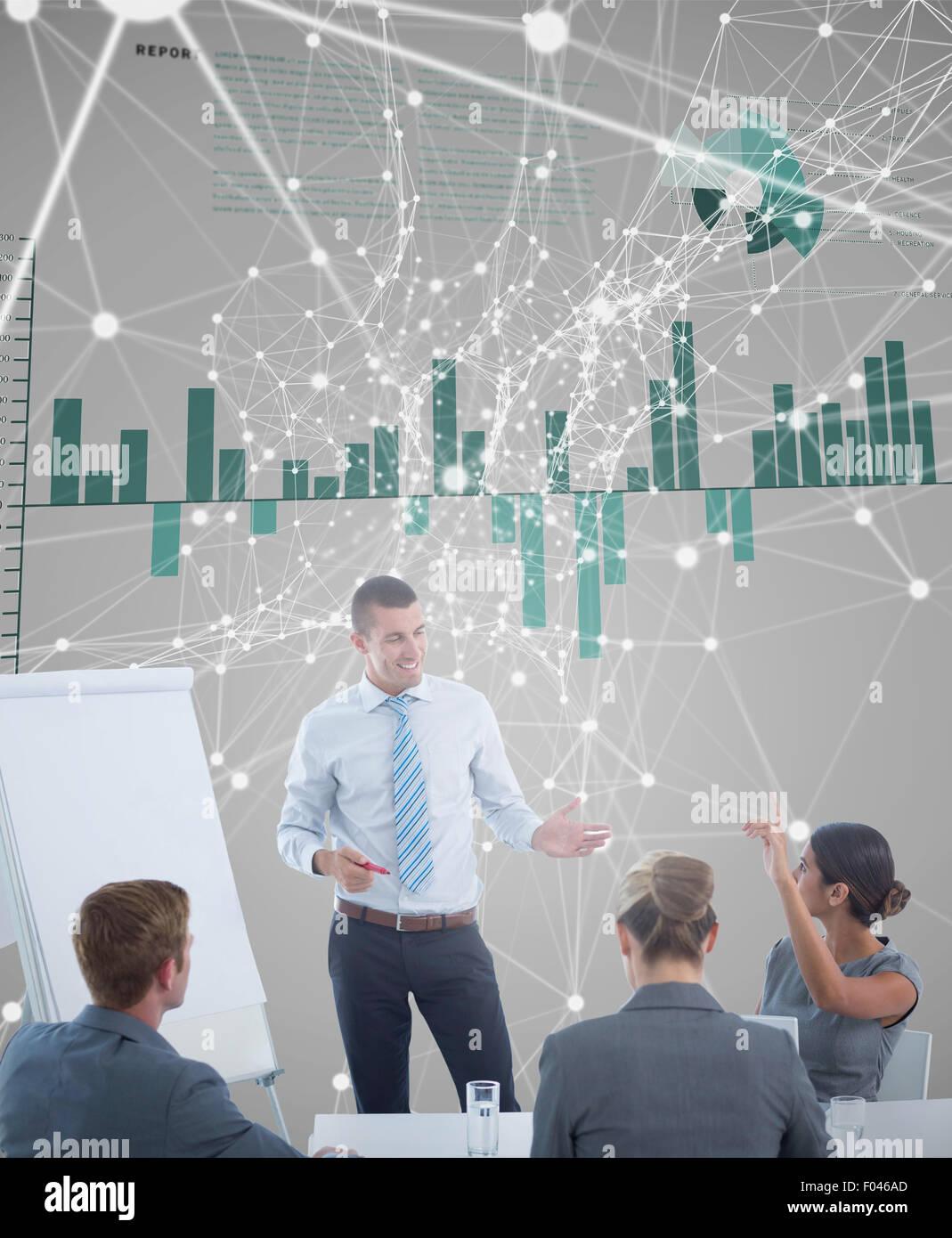 Image composite de l'équipe commerciale de l'interaction au cours de session de remue-méninges Photo Stock