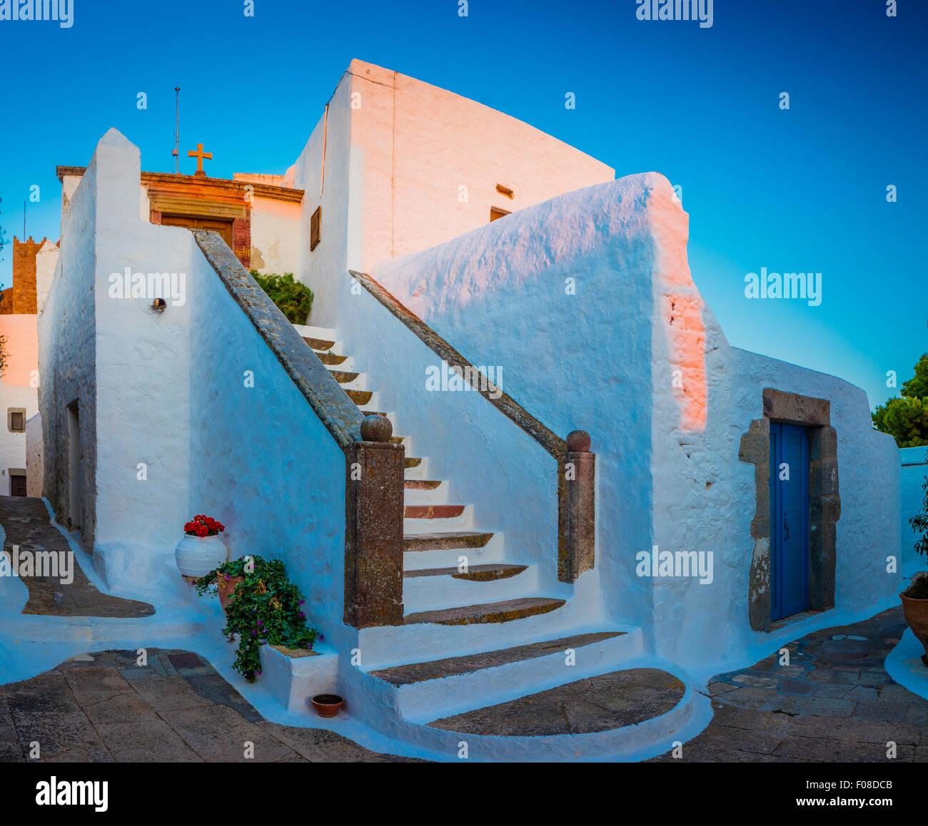 Chapelle dans la ville de Chora sur l'île de Patmos en Grèce. Photo Stock